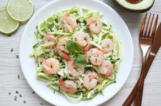 Browse our collection of recipes for potato side dishes, including potato salads and casseroles. Find My Food and Family potato side dishes perfect all occasions. Side Dish Recipes, Pasta Recipes, Fish Recipes, Dinner Recipes, Healthy Dishes, Healthy Eating, Healthy Food, Avocado Health Benefits, Avocado Pasta