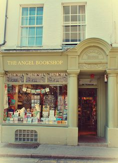 The Angel Bookshop, Cambridge, England. The Angel Bookshop is a unique independent in the heart of Cambridge's historic Arts quarter. La Petite Boutique, Library Books, Reading Books, Shop Fronts, Book Nooks, I Love Books, Oh The Places You'll Go, Boutiques, Beautiful Places