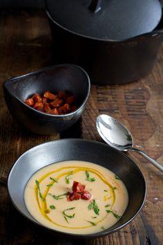 Sopa de judias blancas y chorizo y pimentón (bonensoep met chorizo en pimentón) - Bijzonder Spaans !