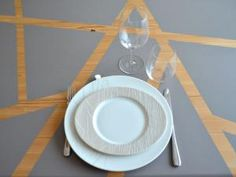 DIY : J'ai fait de ma vielle table de cuisine, une table design ! • Hellocoton.fr