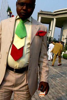 Sapology pour tous / Sapeur à bidon / cravate / Suit / costume  sapeur congo
