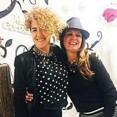 #JFselfie #Elisa #Ilaria #JFgirls #IloveJF #BelleDonne #JF #JFmodagiovane #roverbella #mantova #jfprojectdotcom #JessicaGrespi #FrancescaGrespi #zip #zipper #madeinitaly #handmade #contemporaryjewelry Per tutto il mese di #Dicembre vieni a trovarci in negozio! Scatta un #selfie con gioielli e accessori #JFproject e avrai subito diritto a uno #sconto del 30% su tutta la collezione #abbigliamento !!! 🛍🛍🛍~ VI ASPETTIAMO ~