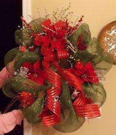 Daily Grace Creations: Deco Mesh Christmas Wreaths