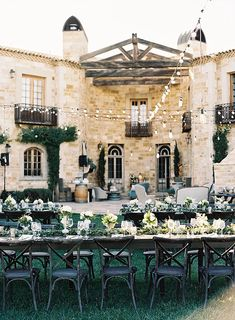 Rate These Wedding Venues And We& Reveal The Perfect Wedding Dress For You is part of Vineyard wedding When you& planning your big day, every detail is crucial From where you get married, to th - Wedding Goals, Wedding Themes, Wedding Planning, Dream Wedding, Wedding Day, Wedding Decorations, Unique Wedding Venues, Decor Wedding, Formal Wedding