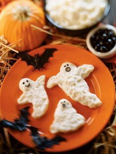 Mashed Potato Ghosts and Other Halloween Party Potato Recipes