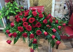 Brantford Blooms Florist offers unique arrangements for any occasion. With same-day day delivery, your flowers will surely brighten someone's day. Blooms Florist, Rose Arrangements, Beautiful Roses, Funeral, Christmas Wreaths, Congratulations, Birthdays, Holiday Decor, Flowers