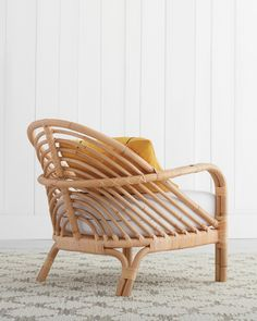 Tropical Furniture, Bamboo Furniture, Furniture Decor, Bamboo Chairs, Furniture Design, Retro Living Rooms, Living Room Decor, Boho Accent Chair, Urban Rooms