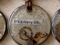 jewelry de relogios # recycled jewelry # original gift # hippie chic # it girl fashion # hippie chic necklace love Hippie Chic, Hippie Style, Recycled Jewelry, Healing Bracelets, Crazy Life, Woman Fashion, Lisbon, Vintage Jewelry, Gift