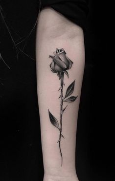 Feed Your Ink Addiction With 50 Of The Most Beautiful Rose Tattoo Designs For Men And Women - awesome black & gray rose tattoo © tattoo artist Luigi Deto ❤🌹❤🌹❤🌹❤ - Rose Thorn Tattoo, Rose Stem Tattoo, Flower Wrist Tattoos, Small Hand Tattoos, Rose Tattoo Man, Black Rose Tattoo For Men, Rose Tattoos For Women, Black Rose Tattoos, Tattoos For Guys