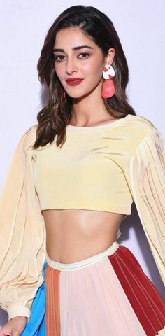 "ActrssHD on Twitter: ""AP 💫💛💙🧡💫… "" Ananya Pandey  ANANYA PANDEY  