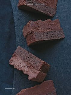 Chocolate Mousse Cake I Donna Hay With a layer of chocolate cake and chocolate mousse, this enticing dessert is sure to please the chocolate-lover. Chocolate Mousse Cake, Chocolate Desserts, Chocolate Mouse, Decadent Chocolate, Sweet Recipes, Cake Recipes, Dessert Recipes, Just Desserts, Delicious Desserts