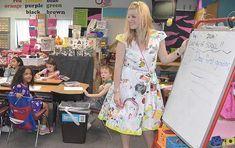Bir Öğretmenin Giyebileceği En Güzel Elbise!
