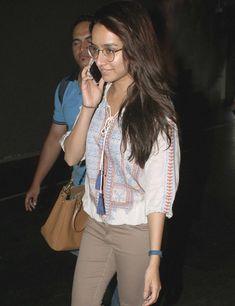 Shraddha Kapoor at the Mumbai airport. #Bollywood #Fashion #Style #Beauty #Hot #Geeky