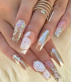 12 unique trending nail art designs for Hot nail right nail now in fashion. Stiletto nails, rainbow almond nails, Ombre rounded nail art designs for summer. Fabulous Nails, Gorgeous Nails, Pretty Nails, Nice Nails, Perfect Nails, Crome Nails, Nail Lacquer, Nail Polish, Manicure E Pedicure