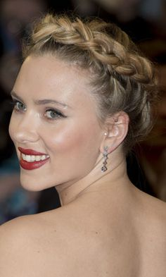 Hair how-to: The halo braid