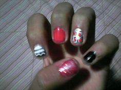 Mis uñas raras Jajaj