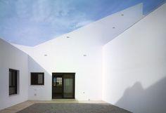 Deploye mgm arquitectos viviendas monte hacho for Casa moderna zwolle