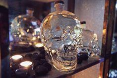 Crystal Head Vodka på Bernie's - STUREPLAN.se Crystal Head Vodka, Copenhagen, Skull, Crystals, Crystal, Crystals Minerals, Skulls, Sugar Skull