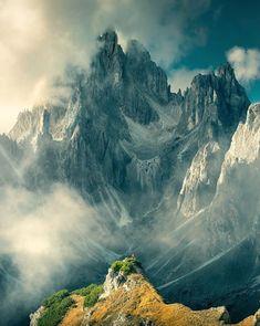 Tre Cime di Lavaredo, Italy. Amy Lavigne · Cool pictures of Nature