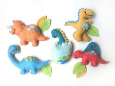 BABY MOBILE Baby dinosaurs 5 figures made with wool di Lilolimon