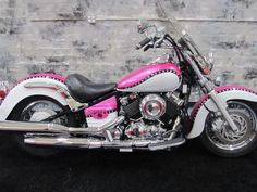 Yamaha : V Star BLUSH- Roar Custom Motorcycle for Women