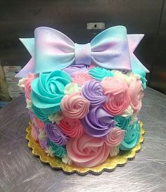 Baby Shower Ides For Girls Food Cupcake Cakes Frostings 23 Best Ideas - Jojo party - Torten Pretty Cakes, Cute Cakes, Beautiful Cakes, Amazing Cakes, Jojo Siwa Birthday Cake, Birthday Cakes, Birthday Ideas, 5th Birthday, Occasion Cakes