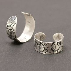 Shoply.com -Circles Silver Toe Ring. Only $20.00