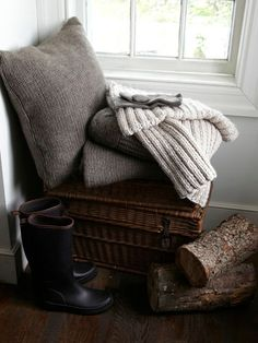 When cooler weather sets in, keep cozy throws, blankets, and quilts within easy reach, recommends designer @Tricia Leach Foley .