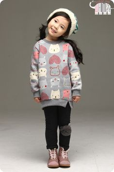 La Petite Puppy Sweatshirts and Leggings Set. Cool kids fashion, play ready style at Color Me WHIMSY.
