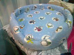 Reciclar y Reutilzar Llantas. Cama con base de llanta, forrada con espuma y forro de tela que se quita para lavar.