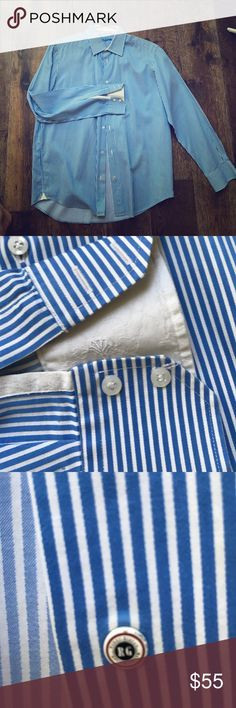 Robert Graham blue and white striped dress shirt This cotton dress shirt talked you into summer with style Robert Graham Shirts Dress Shirts