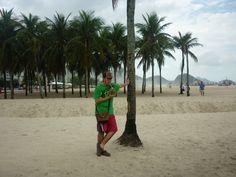 ¡Playita por favor! Hidratándome con un coco brasileño y su jugo  / #viajes #travel #viajesmuseo #traveller #travelling #vacation #placestovisit #trips