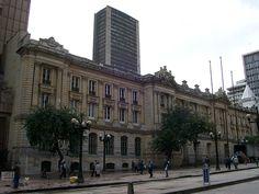 bogota colombia - Palacio de San Francisco, al fondo edificio Avianca