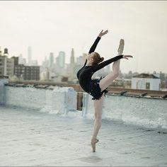 Sarah Hay. ✯ Ballet beautie, sur les pointes ! ✯