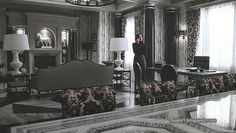 Day 27: Favorite Set I want a room just like this. <3 I loved the monochromatic theme that goes along with everything Regina does.
