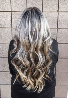 How To Do Your Own Highlights at Home - Cassie Scroggins Ombre Hair At Home, Blonde Hair At Home, Cool Blonde Hair, Dyed Blonde Hair, Highlighting Hair At Home, Highlight Your Own Hair, Color Your Hair, Hair Colors, Home Highlights Hair