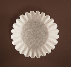 Use a coffee filter to clean mirrors and windows!! A lint free shine in no time!