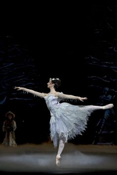"""Lauren Cuthbertson as the Winter Fairy in """"Cinderella"""" (Royal Ballet). Photo by Bill Cooper"""