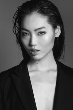 "awnex: ""Joy Hwang, winner of Koreas next top model cycle 5 "" Vogue Models, Fashion Models, Classic Portraits, Grillz, Black Families, Next Top Model, Face Claims, Beauty Photography, Female Models"