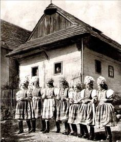 #Rejdová #Gemer #Slovensko #Словакия #Slovakia Old Photos, Vintage Photos, Heart Of Europe, Central Europe, Folk Costume, Beautiful Patterns, Westerns, Character Design, Old Things