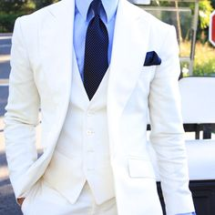 Dress in white this summer @absolutebespoke