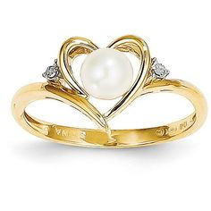 14k Yellow Gold 6x4 Oval Diamond & Pearl Ring ($99) ❤ liked on Polyvore featuring jewelry, rings, gold, pearl jewelry, 14k pearl ring, oval shaped diamond rings, oval cut diamond ring and 14 karat gold jewelry