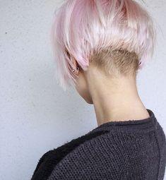 Kurze Frisuren; Unterbieten! Diese Frisur ist so cool! Schaut sie euch und lassen Sie sich überraschen!