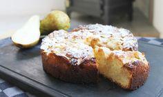 herfstcake met peer en amandel Baking Recipes, Cake Recipes, Snack Recipes, Sweets Cake, Cupcake Cakes, Cupcakes, Delicious Restaurant, Sweet Bakery, Brownie Cake