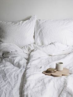 obsessed with white bedding