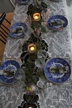 Mäkisen kauppa: Kohti joulun loppua... Table Settings, Table Decorations, Furniture, Home Decor, Decoration Home, Room Decor, Place Settings, Home Furnishings, Home Interior Design
