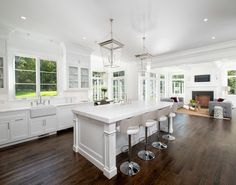 Benjamin Moore Color of the Year 2016: Simply White, Color Trends and Interiors