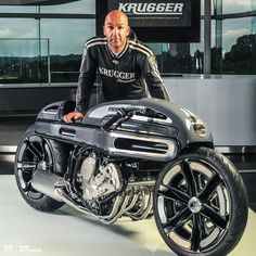 Master builder Fred Krugger is back, and look at what he's just created for BMW Motorrad France—an incredible rework of the K1600 tourer. Follow Bike EXIF on Instagram for a daily dose of machine like this: http://instagram.com/bikeexif