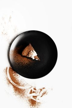 St[v]ory z kuchyne   Chocolate Cake with Banana and Coconut Milk Gallery Image