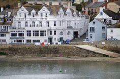 Ship and Castle Hotel, St Mawes British Seaside, British Countryside, Devon And Cornwall, Cornwall England, The Places Youll Go, Places To See, Seaside Holidays, English Heritage, Stay The Night